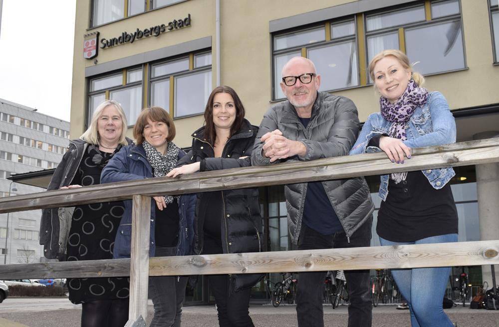 Monica Vesterlund Olsson, verksamhetschef grundskola och gymnasium, Åsa Nilsson Hedblad, Emelie Groop, Danne Attlerud och Jessica Bonér i Sundbyberg.