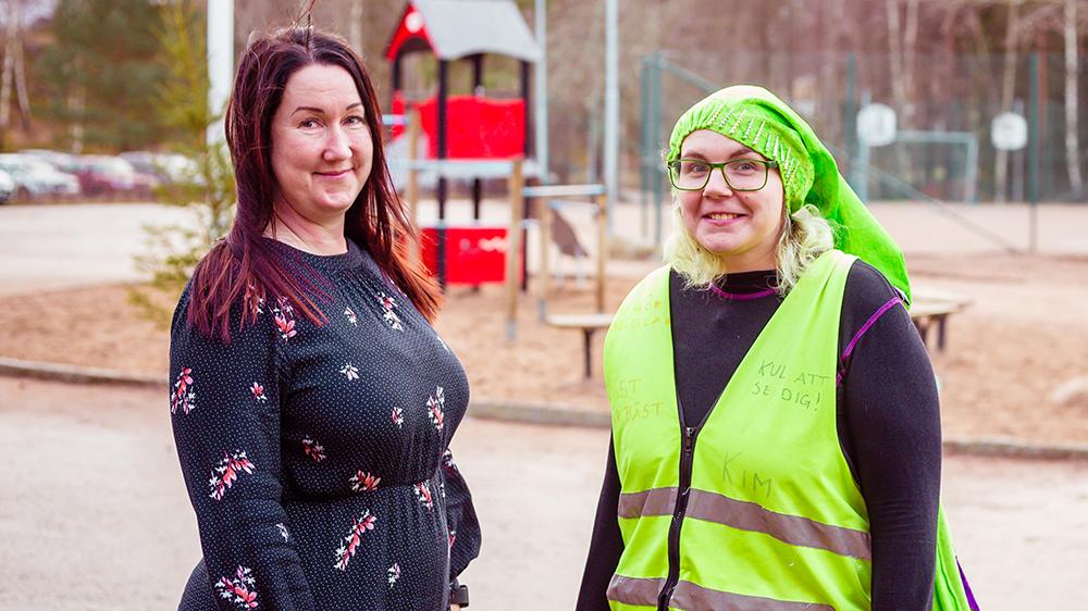 Ulrika Arvidsson, lärare i årskurs 3 och förstelärare på Dalkjusans skola och Kim Lindahl, fritidsledare på Kronans skola. Foto: Staffan Stabro