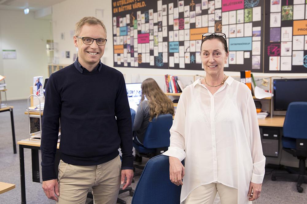 """Bra teknikkurser lockar tjejer. """"Det viktigaste är en utbildning med hög kvalitet"""", säger Hans Jakobsson, rektor på ABB Industrigymnasium i Västerås. Agneta Berliner är vd för ABB Industrigymnasium. Foto: Per Groth"""